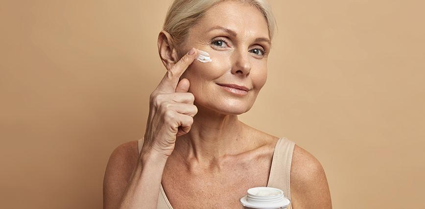 crema antiedad para mujeres de más de 50 años